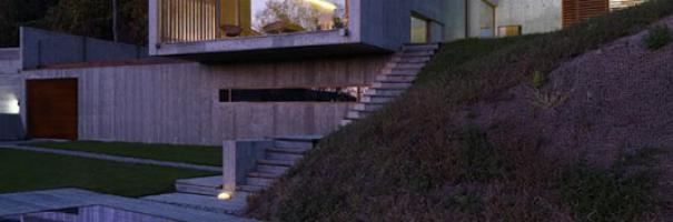 È la residenza di famiglia progettata da Luca Maria Gandini a Pino Torinese